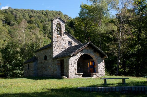 Gola di Lago, oratorio di santa Maria Ausiliatrice / Oratoire de Santa Maria Ausiliatrice / Oratorio S. Maria Ausiliatrice / Oratory of Saint Maria Ausiliatrice
